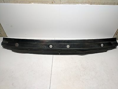 1994-2002 Land Rover Discovery 2 Windshield Cowl Panel