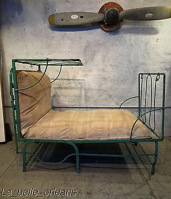 ANTIQUE 19THc FRENCH CAMPAIGN WROUGHT IRON FOLDABLE DAYBED. GREAT PATINA. L@@k!!