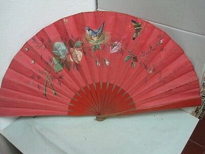 Antique big Fan  in wood and fabric hand painted with roses and birds
