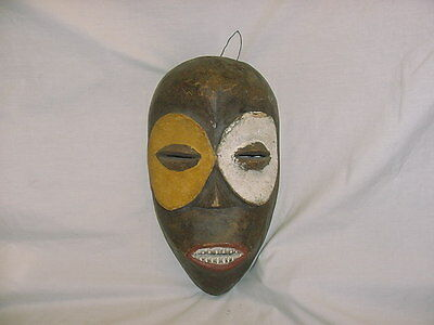 AFRICAN CAMEROON TRIBAL WOODEN ART MASK ~ Early 1900's