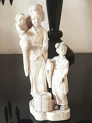 Beautiful Antique Japanese Carved Okimono of a Woman with Children, Meiji-Taisho