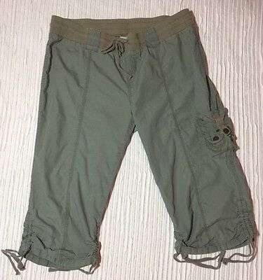 EUC L Cargo MOTHERHOOD MATERNITY Band  Fatigue-green Capri Pants with Pockets