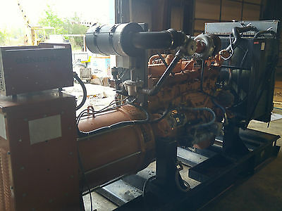 200 kw natural gas gen set  generac 1 to 3 phaze 120 to 480 volts only 261 hrs