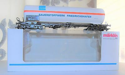 Marklin HO 48482 Catenaries or tank car NIB