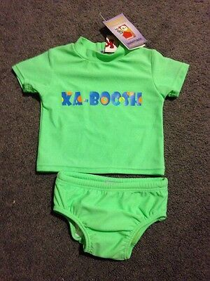 BNWT Baby Boys Or Girls Short Sleeved 2 Piece Bathers Size 000
