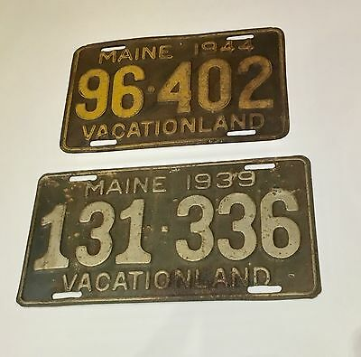 Maine license plates lot 2 1939 131-336 and 1944 96-402 Vacationland with patina