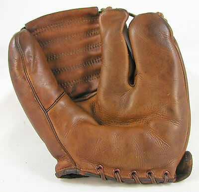 """Vintage Old Antique """"reach Wright Ditson Two Finger Fielder's Glove-Excellent"""