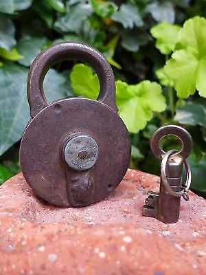 Antique Padlock with one key F.Sengpiels working order Made in Germany 3