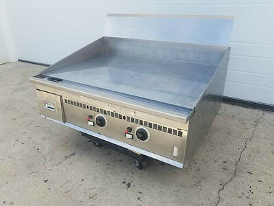 """KEATING MIRACLEAN 36x30 GRIDDLE 3/4"""" THICK CHROME FINISHED TOP ***NATURAL GAS***"""