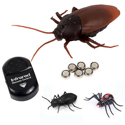 Remote Control Creepy Spider Ants / Cockroaches / Spiders Infrared Mock Fake RC