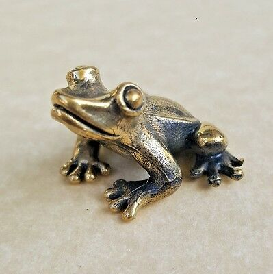 Mini Lucky Frog Thai Amulet Brass Magic Statue Luck Wealth Rich Powerful Vintage