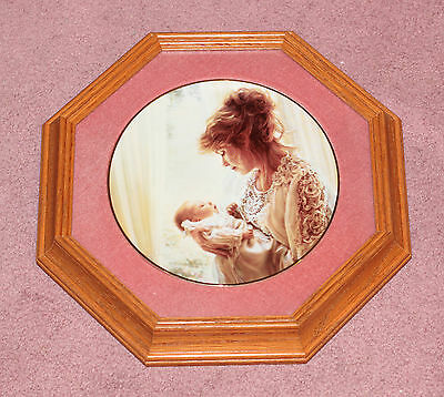 """Sandra Kuck Reco Collector Collectible Plate """"God's Gift"""" Mother Child - Mint"""