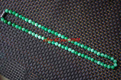 100% Chinese natural green jade jade necklace,beautiful  18 inches