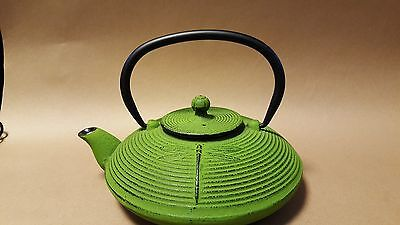 Bright green Cast Iron Dragonfly Tea Set - Teapot, plate and 4 cups