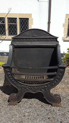 A Stunning & Ornate Curved Antique Victorian Cast Iron Fireplace/Fire Basket