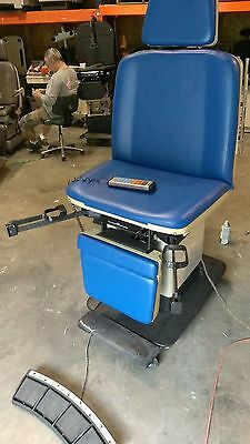 Ritter Midmark 411 Programable Power Exam Table Procedure Exam Chair