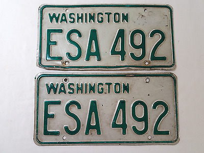 Unregistered Washington Original ESA-492 License Plate Pair