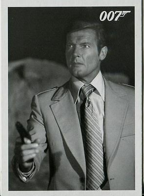 James Bond Archives 2015 The Spy Who Loved Me Throwback Chase Card #23