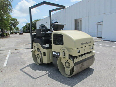 """Compactor Smooth Vibratory Roller Twin 49"""" Drums 2003 Dd24 Ingersoll-Rand Diesel"""