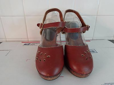 VINTAGE LATE 70'S EARLY 80's  LEATHER - MADE IN ITALY PLATFORM SHOES 7 M