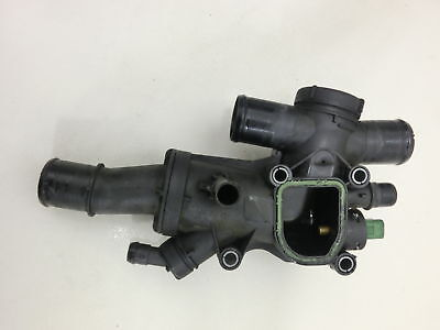 Ford Mondeo IV BA7 07-10 2.0 TDCi 100KW Thermostat Flansch Thermostatgehäuse