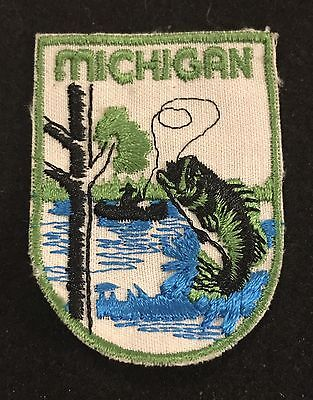 MICHIGAN Vintage Patch State  Souvenir Travel VOYAGER Embroidered Fishing