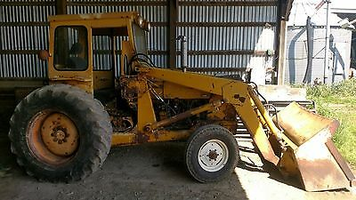 Ford 4500 tractor with loader
