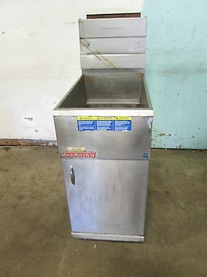 """MAGIKITCH'N MK42SM"" H.D. COMMERCIAL (nsf) 40lbs NATURAL GAS DEEP FAT FRYER"