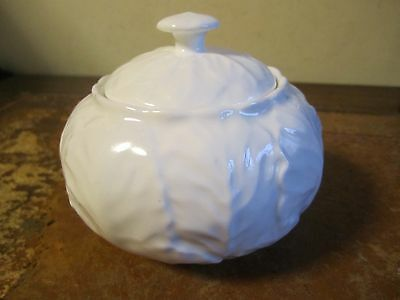 Wedgwood Countryware Covered Sugar With Tags Mint Unused