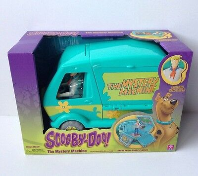 New Scooby Doo The Mystery Machine Van Playset with Fred Action Figure NEW NIP