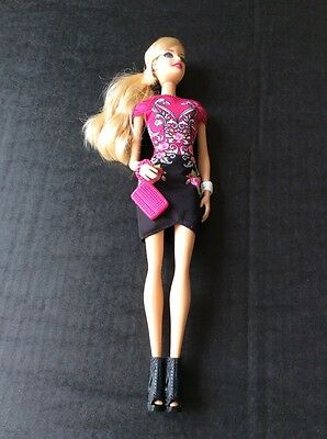 Mattel 2013 Barbie Doll great condition and accessories