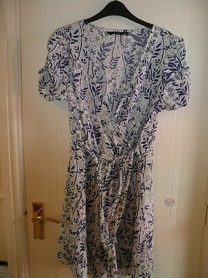 Ladies New Look Blue and White Dress NEW Size 16