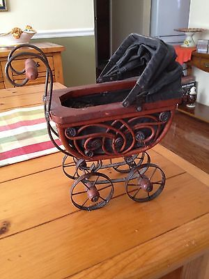Antique Vintage Wicker Baby Doll Pram Carriage Buggy