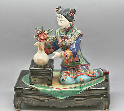 Fantastic Antique Chinese Handmade Hand Painted Porcelain Figurine Signed