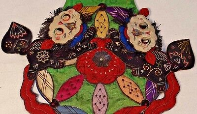 19th C. Qing [Ching] Dynasty Silk Embroidered Fu-Lion Purse