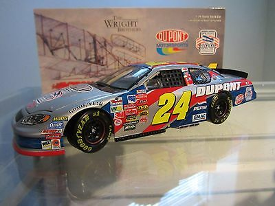 Jeff Gordon #24 Dupont/Wright Brothers 2003 1/24 Scale NASCAR Diecast