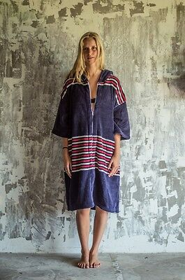 Tools Poncho Zipper Towel Adults in Navy Stripes