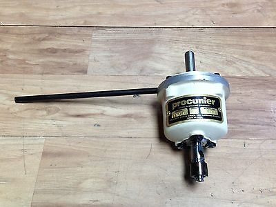 "Nice Procunier Size 1 1/4 "" Cap Tapping Head W/ 1/2 ""  Shank"