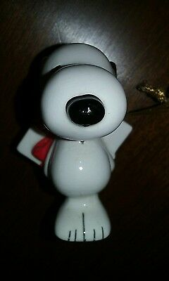Vintage Ceramic PEANUTS Ornament SNOOPY Made in Japan United, Feature Syndicate