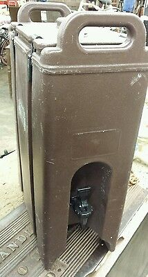 Cambro 5 Gal. Insulated Beverage Dispenser.  Catering Drink Cooler. Works