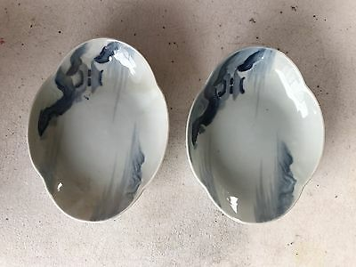 """Pair of freeform shape Asian blue on white hand painted condiment dishes,6x4.25"""""""