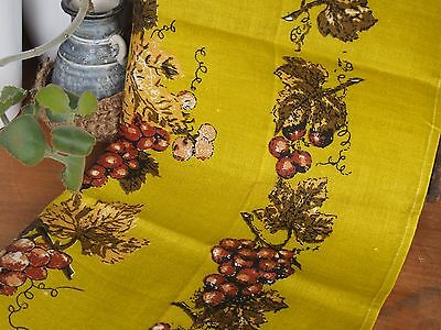 Vintage Linen Tea Towel - Made in Poland - Linen - Featuring Grapes