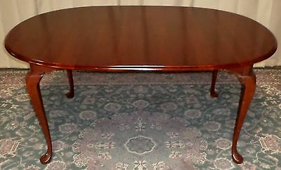 PENNSYLVANIA HOUSE DINING TABLE Cherry Medallion Queen Anne Style VINTAGE