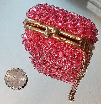 DARLING Vintage Delill Pink Beaded Twist Lock Change Coin Purse Made in Italy
