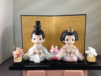 Precious Moments Japanese ALL GIRLS ARE  BEAUTIFUL SET  5-pc  w/ FREE Black Base