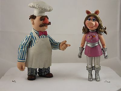Muppets Palisades 2 Figure Lot Swedish Chef & Miss Piggy (Pigs in Space)