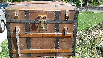 Antique Domed Treasure Chest Steamer Trunk Humpback Liebrich Hillebrand & Wolf