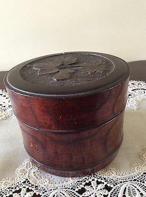 Vintage Wooden Stud And Collar Box.