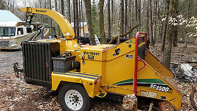 2007 Vermeer BC1500 Chipper, 2600 Hours