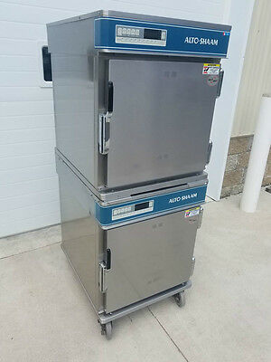 Alto-Shaam 750-TH-III Halo Heat Deluxe Double Stack Cook & Hold on Casters